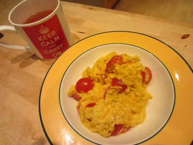 eggs, toms and tea