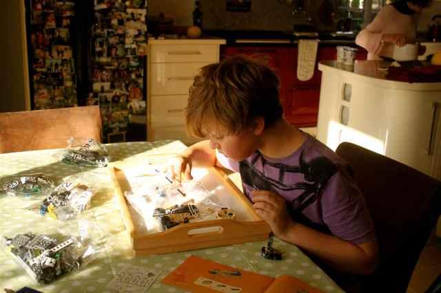 H doing Lego