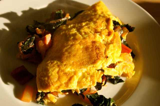 ham and veg omelette