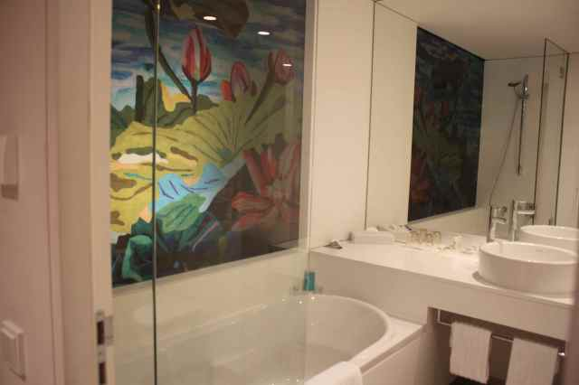 art'otel bathroom