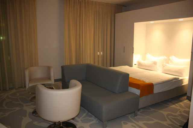 art'otel room 2
