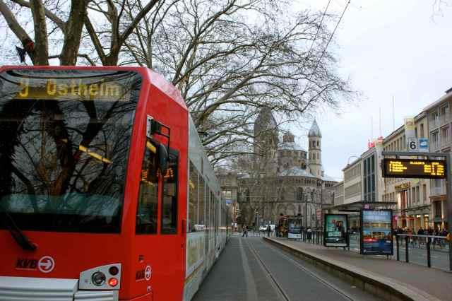 Neumarkt tram