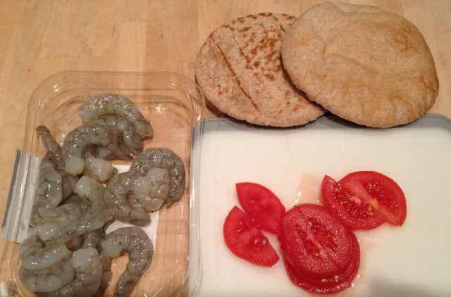 prawns, tomato and pitta