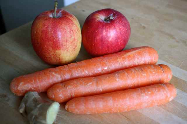apples, carrots and ginger