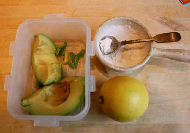 avocado,lemon and salt