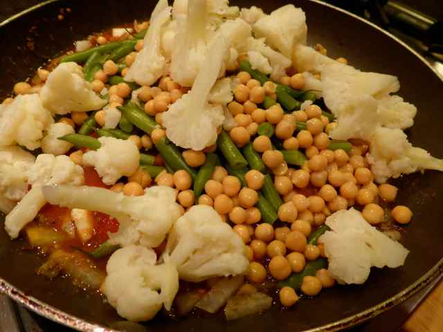 cauliflower, chickpeas and beans
