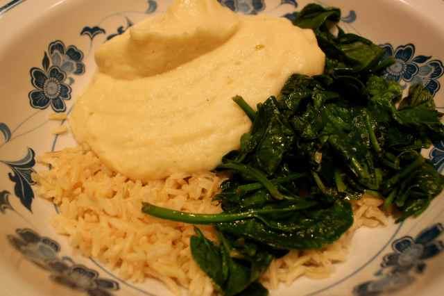 cauliflower cream, rice and spinach