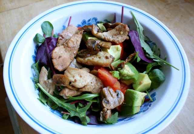 chicken and mushroom salad