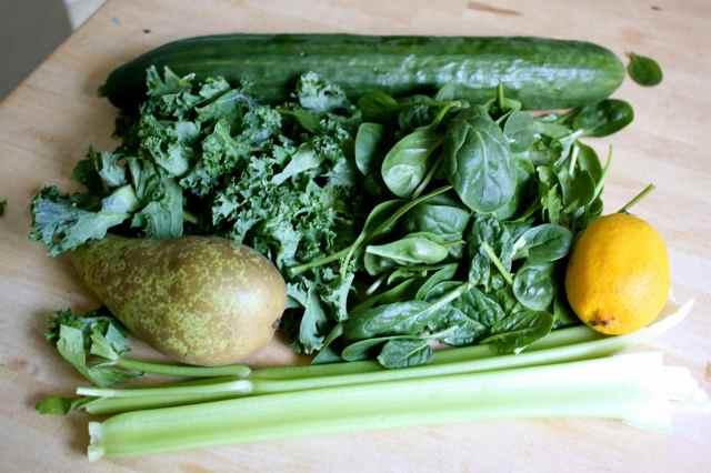 green juice veggies