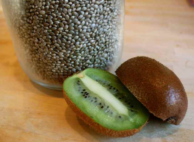 kiwi and hemp seeds
