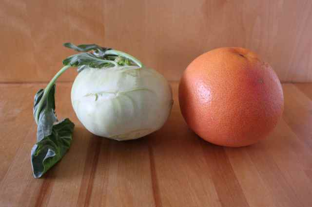 Kohlrabi and pink grapefruit