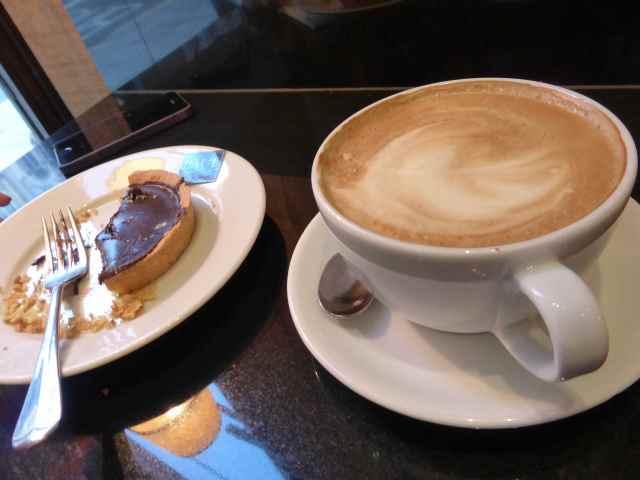 latte and chocolate tart