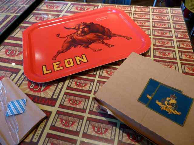 Leon table and lunch
