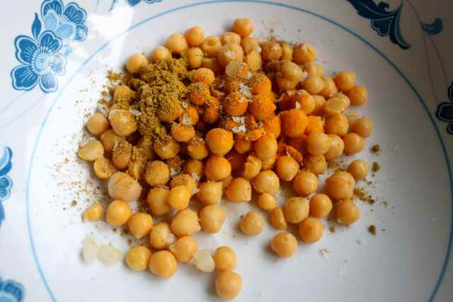spicing chick peas