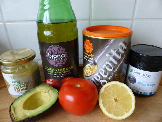 salad dressing with avocado