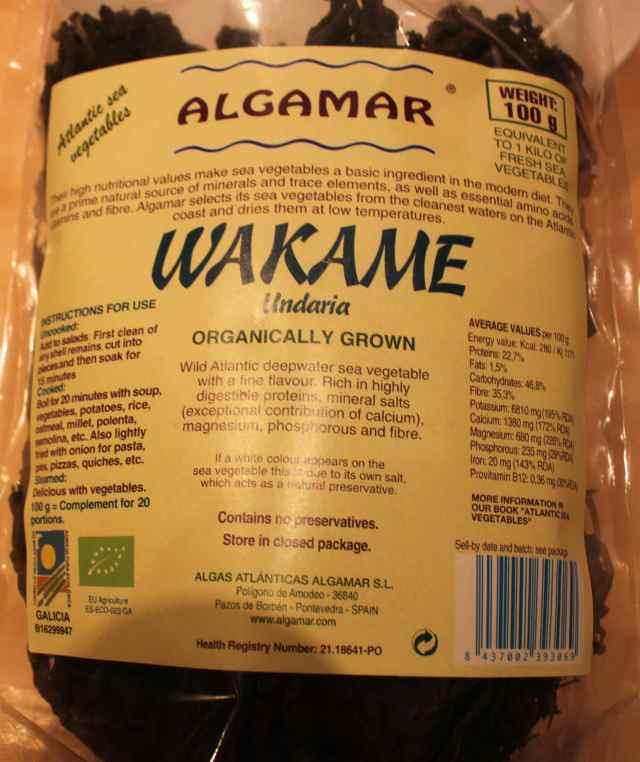 Wakame in packet