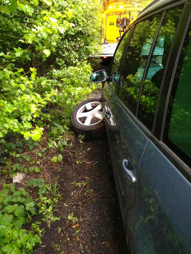 wheel fell off 1