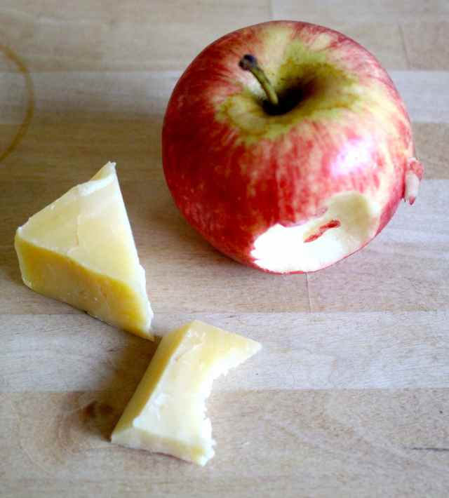 apple and Cheddar