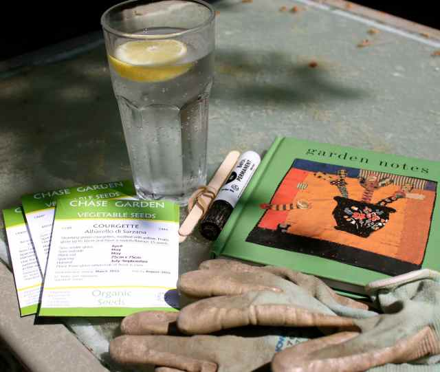 garden notes and gloves