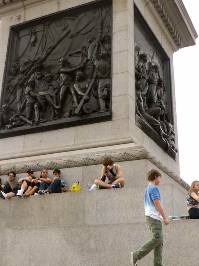 H at base of Nelson's column 2