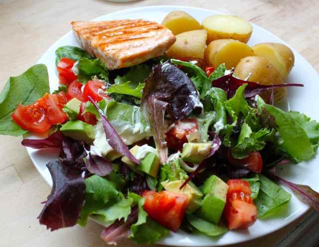 salmon and potato salad 31-5-14