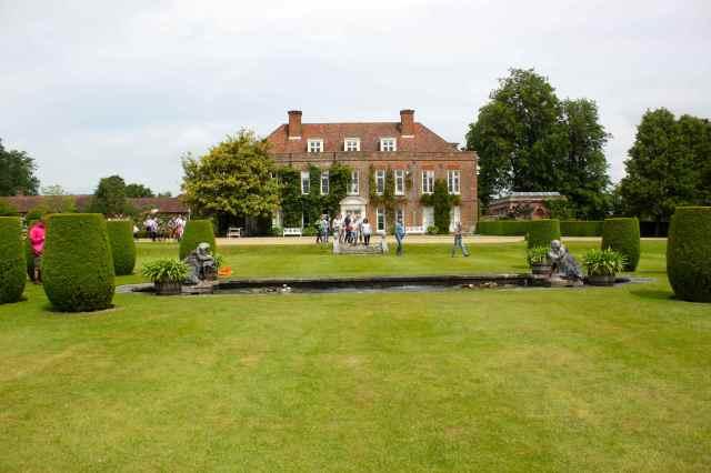 Hole Park House