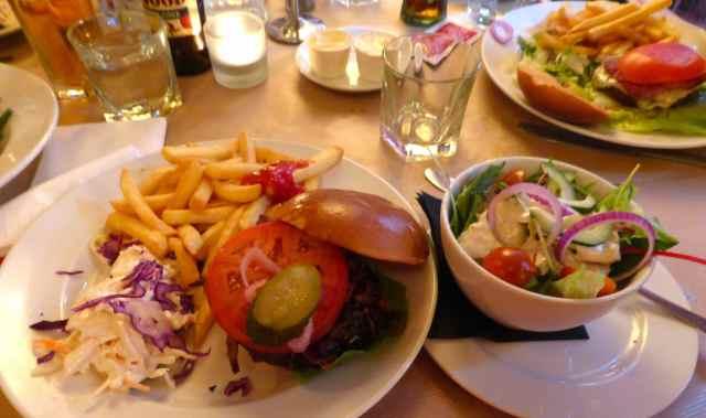 Maxwell's burger