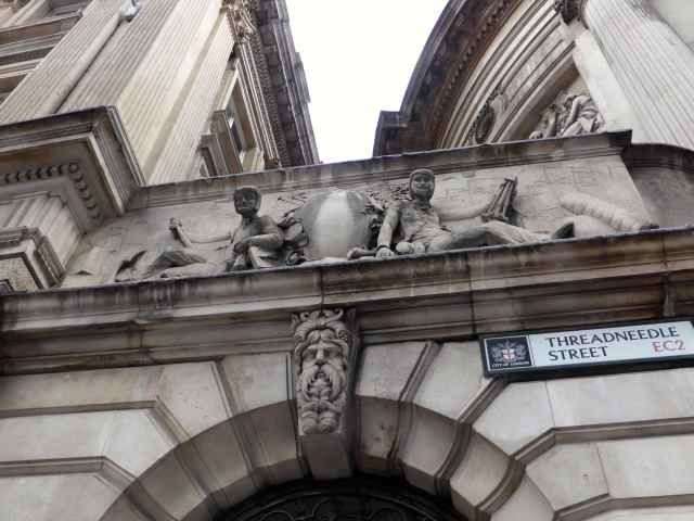 Threadneedle St