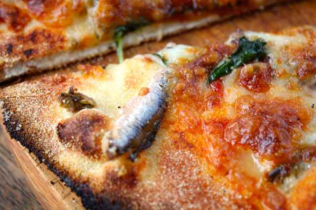 anchovy on pizza