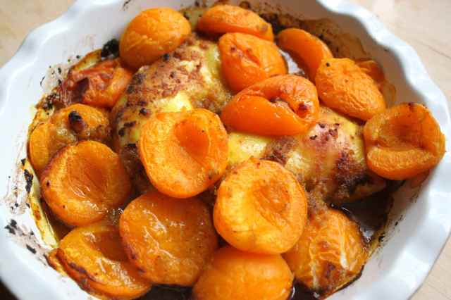 chicken and apricot