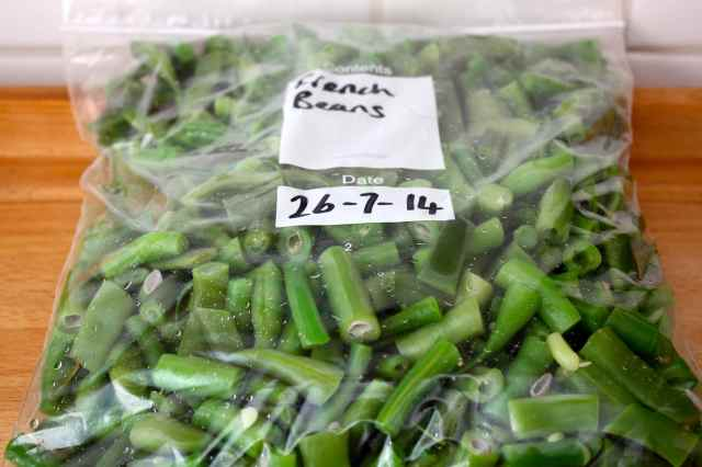 French beans in freezer bag