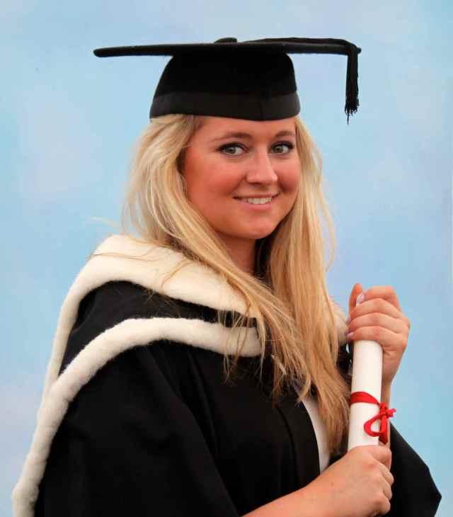 Lara the graduate