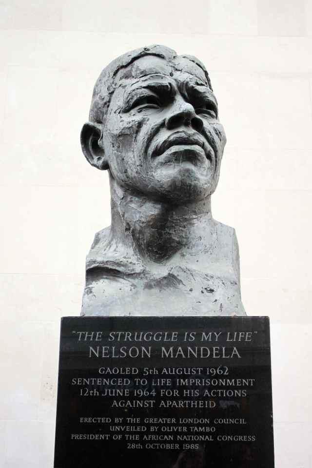 Mandela statue London