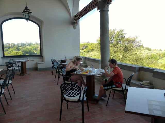 Breakfast at Tolomei