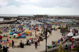 crowds on beach
