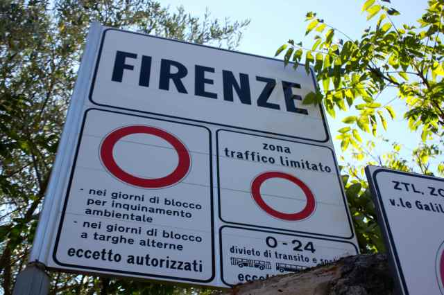Firenze sign