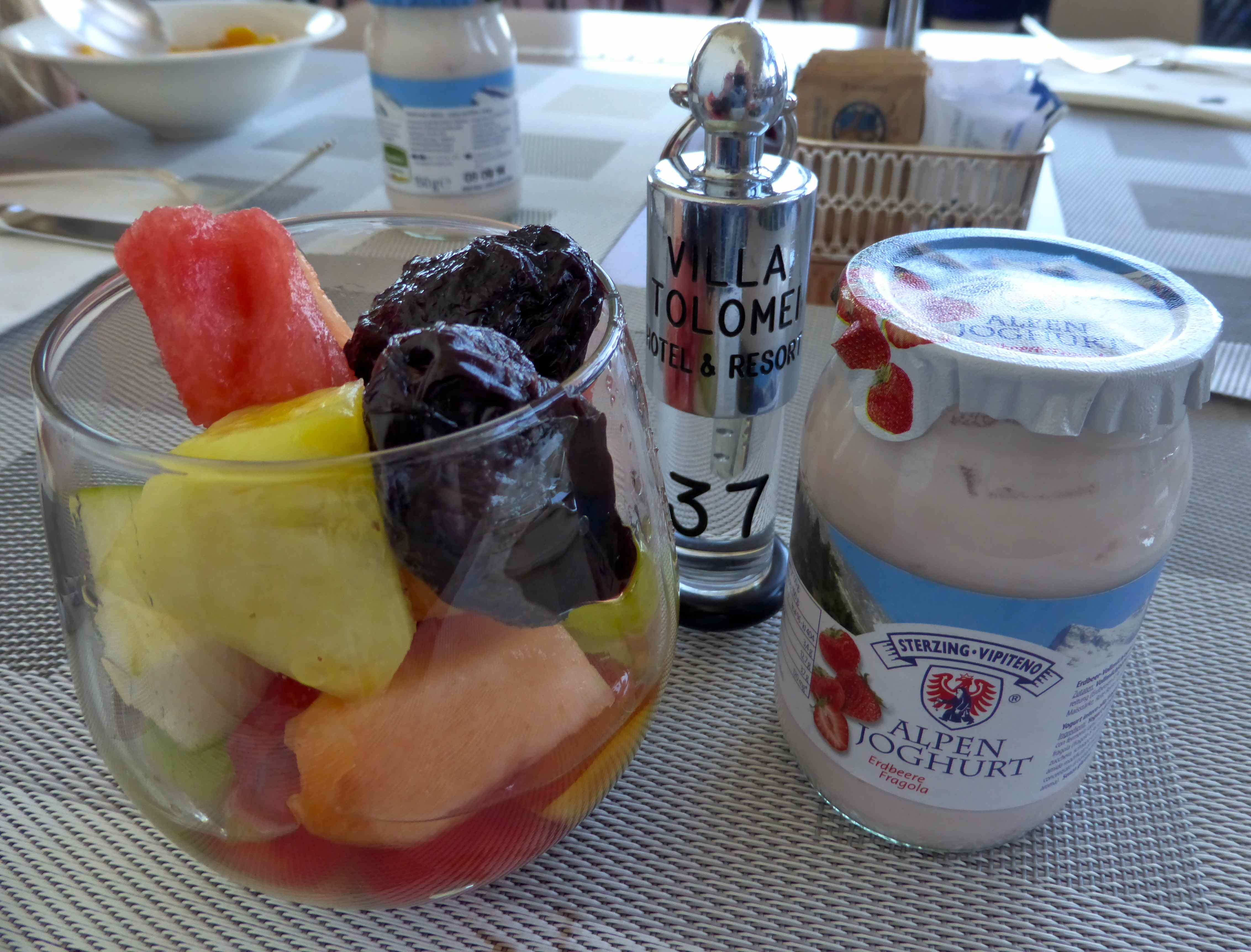 Fruit And Strawberry Yogurt