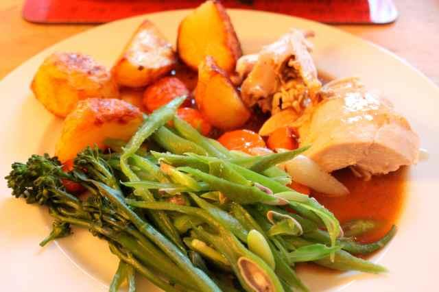 Roast chicken dinner 31-8