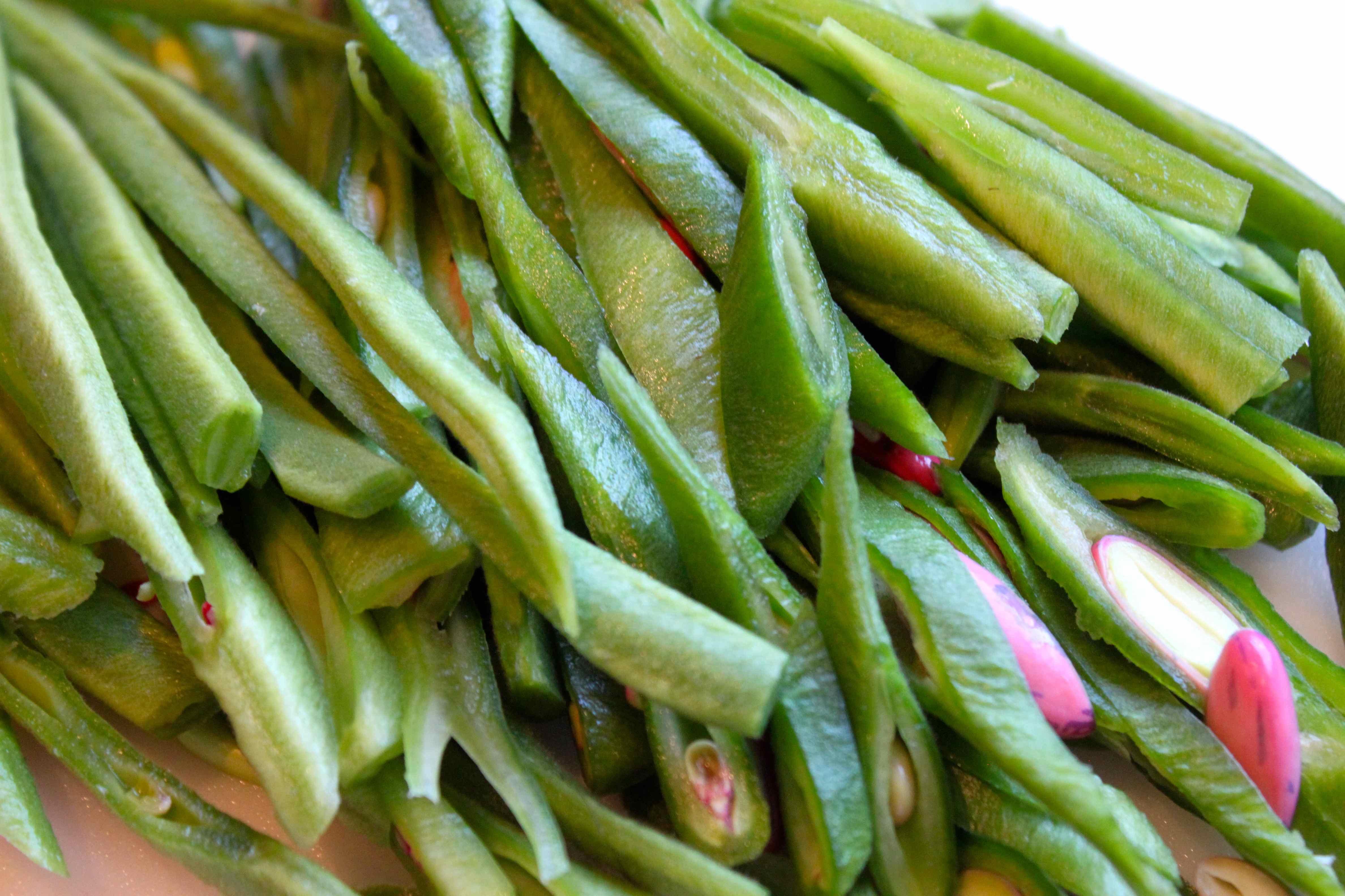 How to Pick Runner Beans