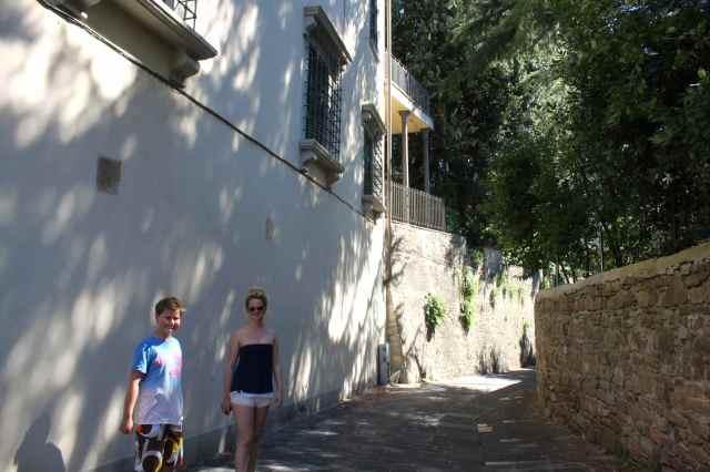 walking to Boboli 4