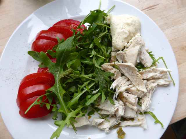 chicken, rocket and tomato salad