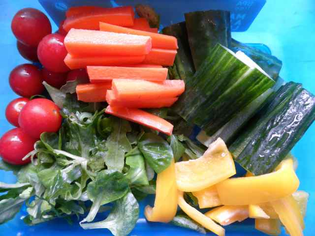 veggies in lunch box