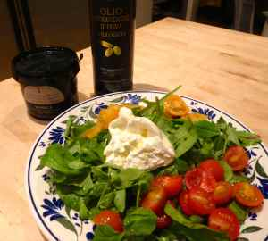 Burrata salad