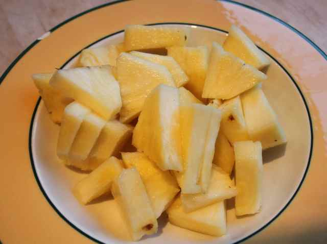 fresh pineapple snack