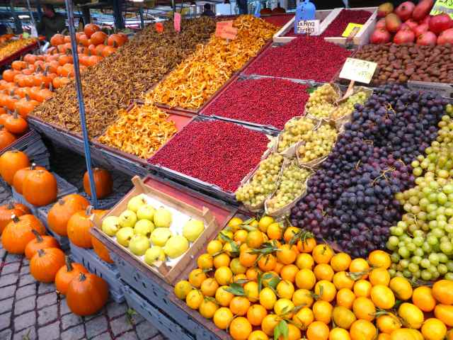 fruit and veg stall Stockholm
