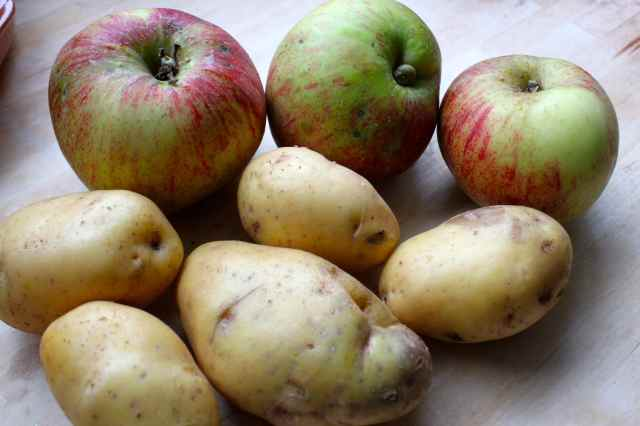 potatoes and apples