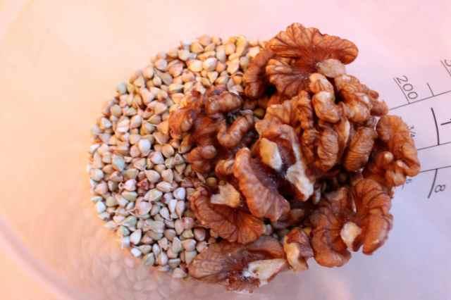 bwheat and walnuts