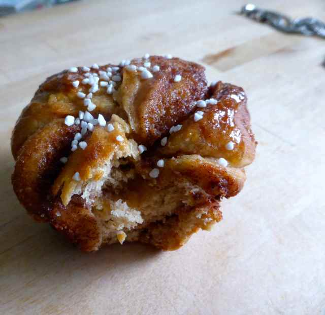 Cocolicious cinnamon bun