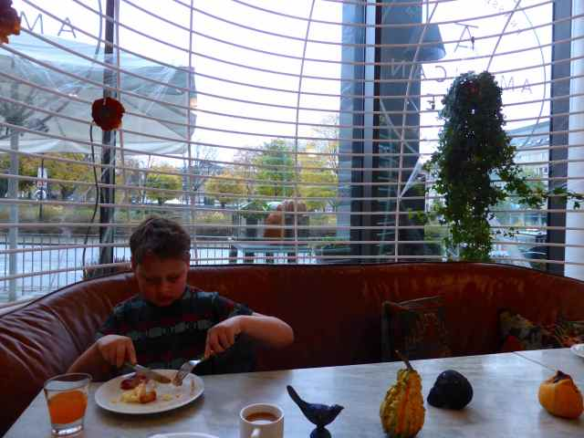 H eating breakfast at Clarion