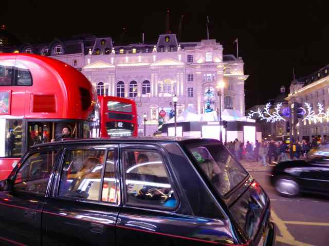 Picadilly Circus 17-12